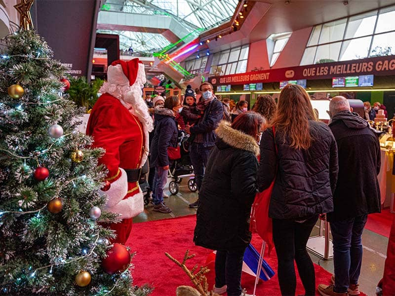 animation pere noel pour magasin decathlon, photocall
